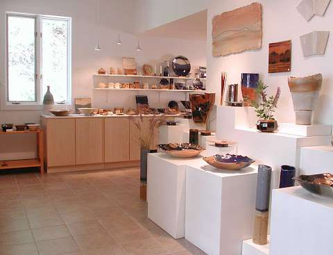 Lindgren Pottery - see real website